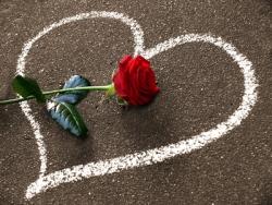 Valentinstag Gedichte, Sprüche & Geschenke – Ideen & Beispiele hier